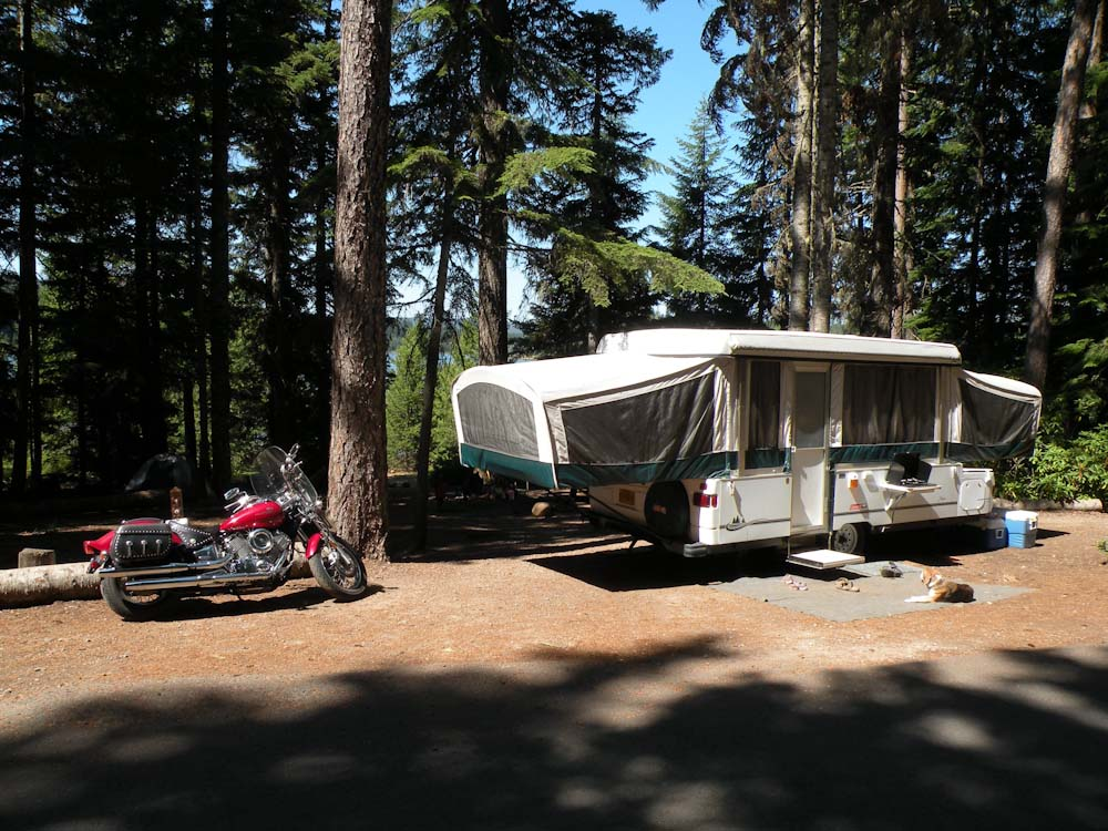 Our 5 favorite oregon campgrounds for Clear lake oregon fishing
