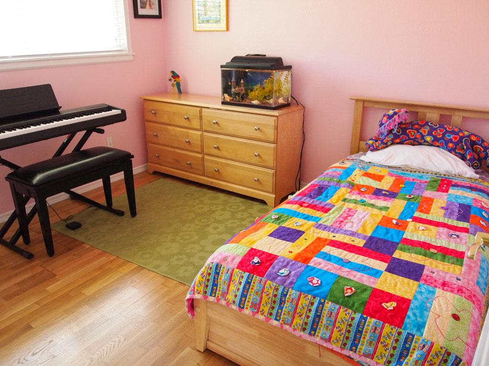 Sydney's room