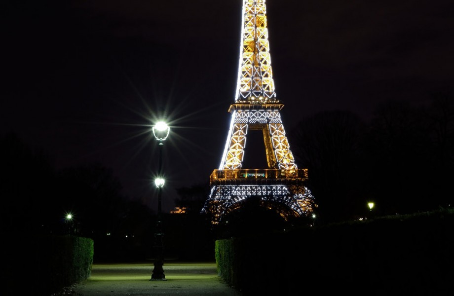 Photo of the Week: Eiffel Tower at Night
