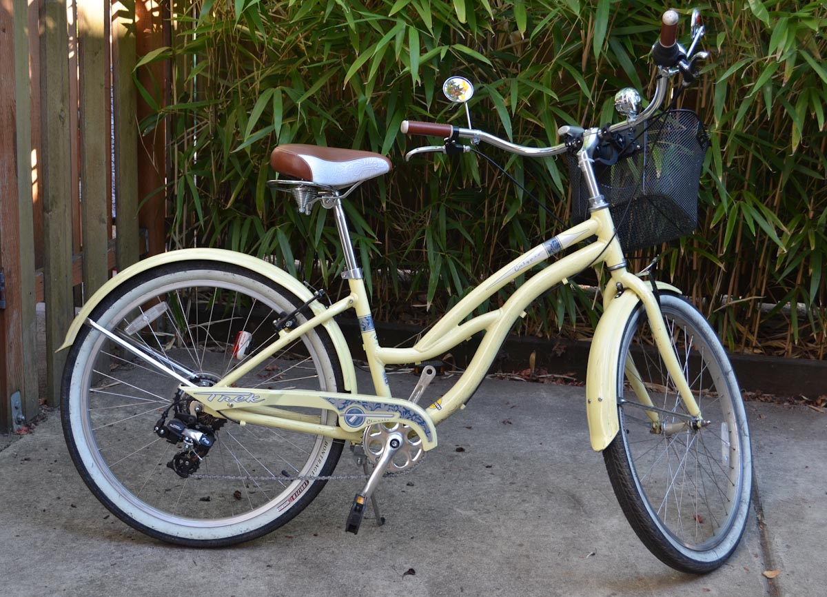 My beautiful yellow cruiser back in Portland