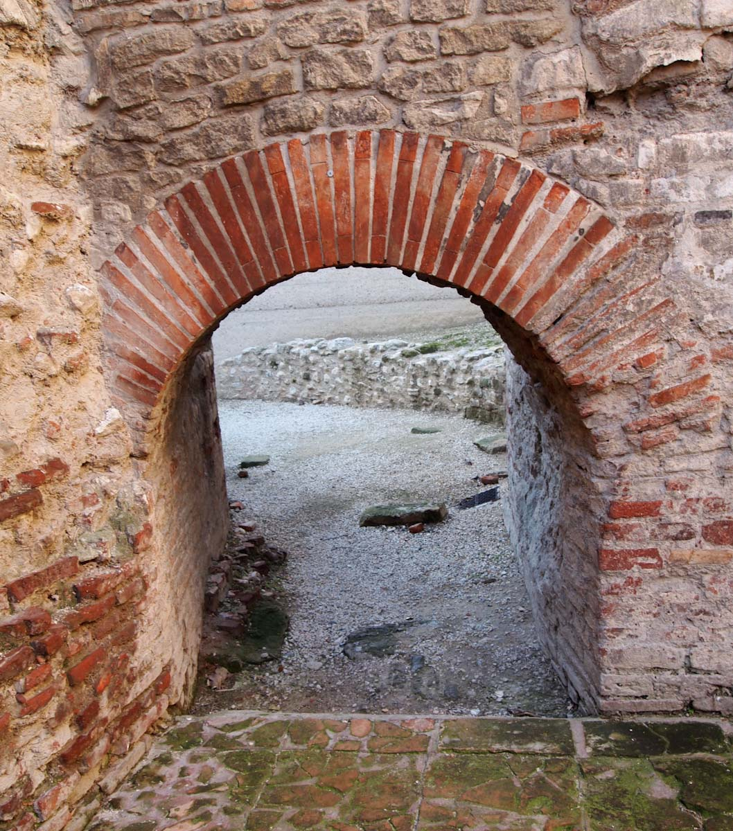 Roman bath in Arles. This is where they would have the fire to heat the water.