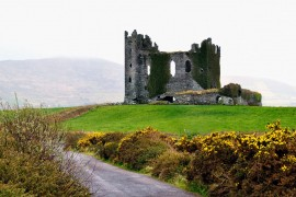 Ballycarbery Castle