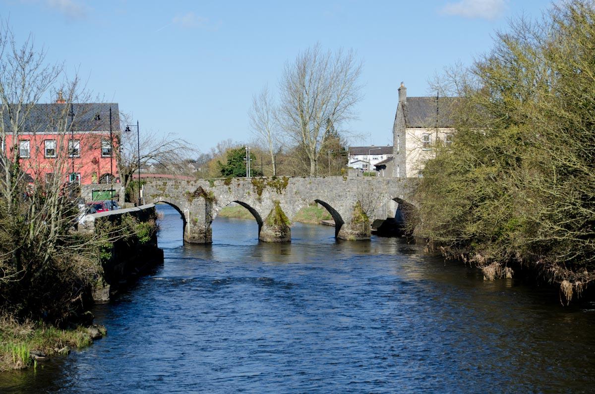 Bridge over the Boyne River