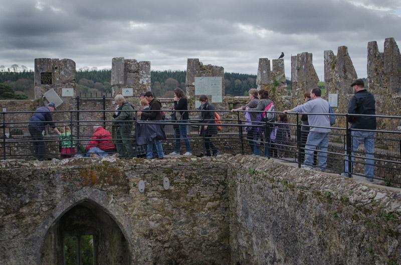 Line to kiss the Blarney Stone