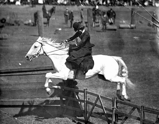 Jumping riding side saddle
