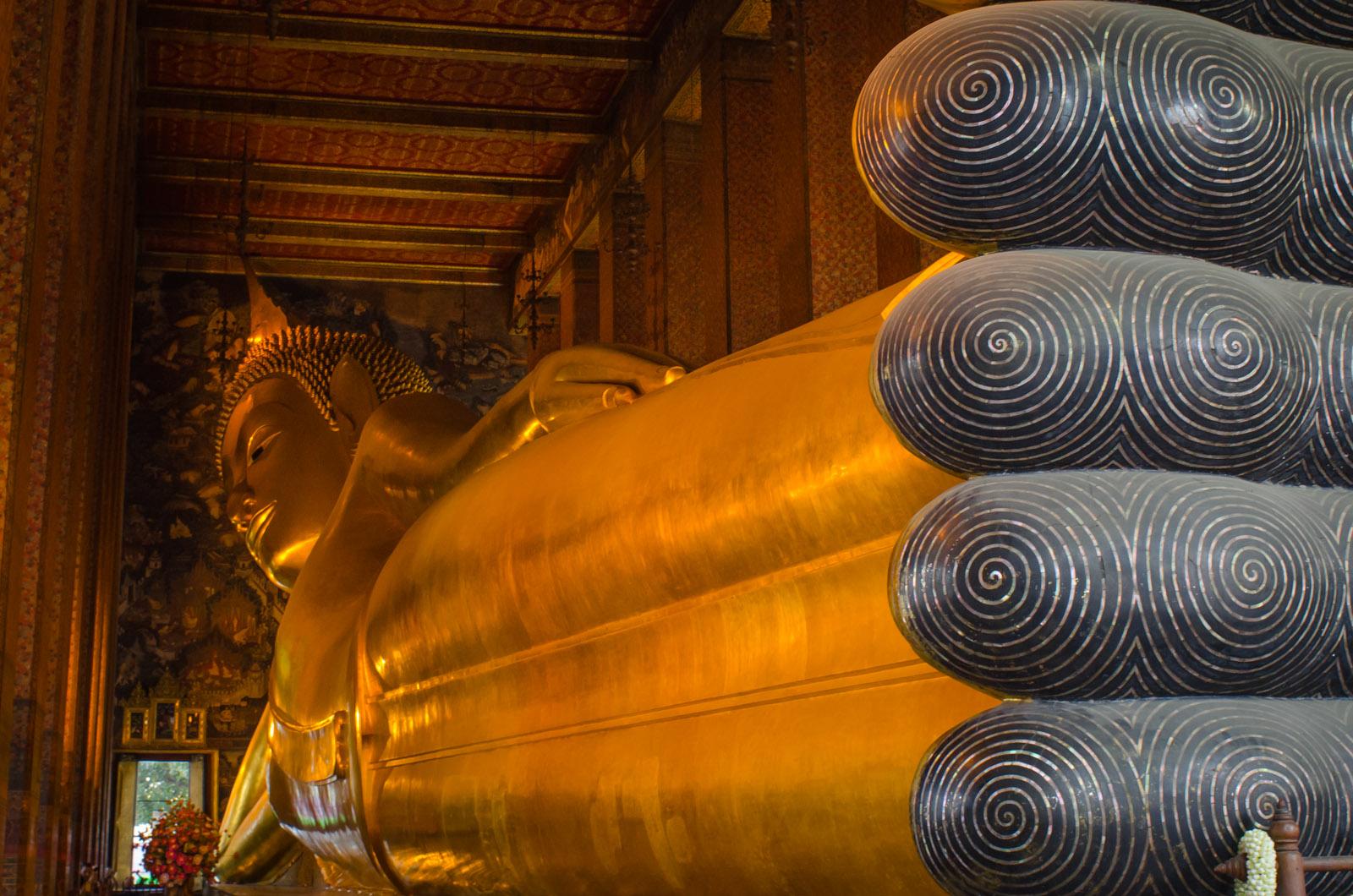 Giant recling Buddha