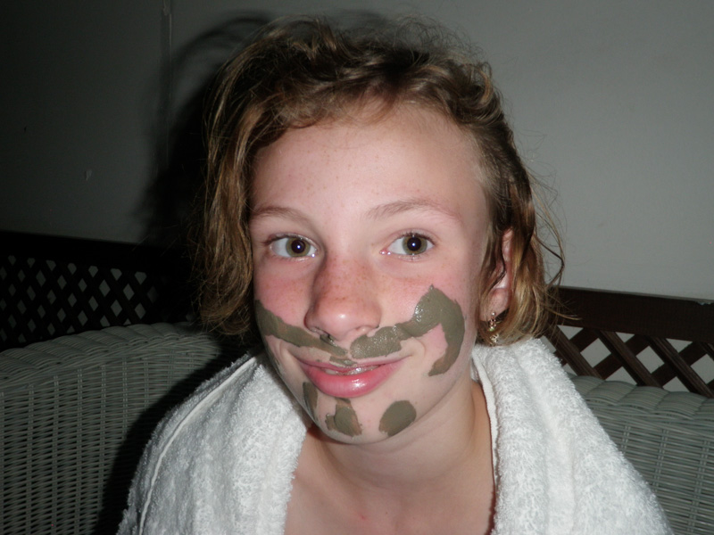 Sydney and her mud mask