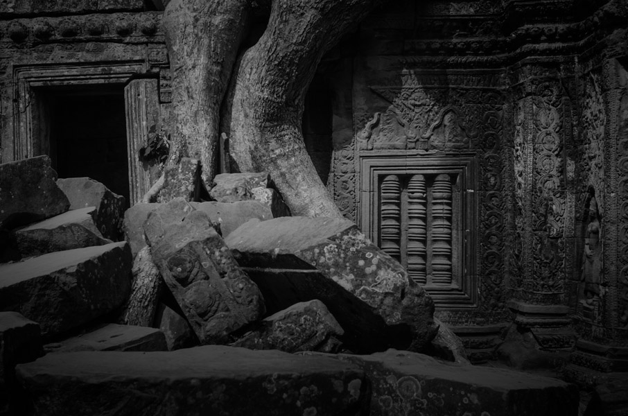 Photo Essay: Angkor Wat in Black and White