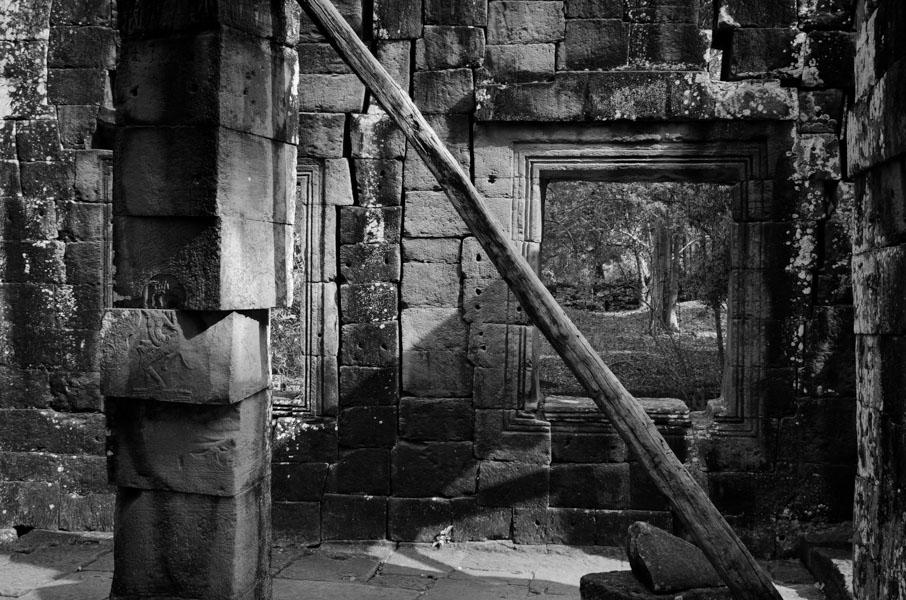 Angkor Wat BW