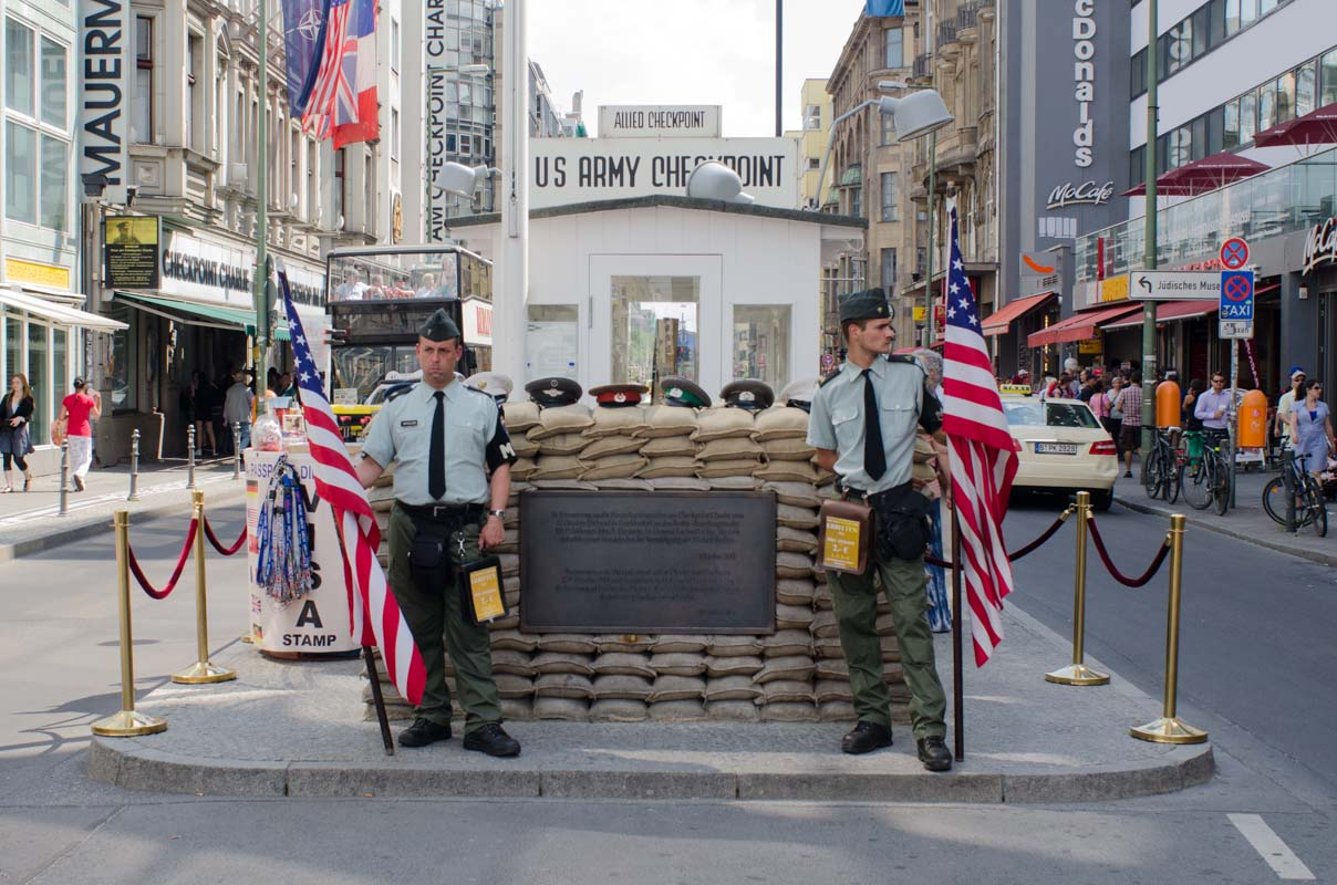 checkpoint charlie and the berlin wall. Black Bedroom Furniture Sets. Home Design Ideas