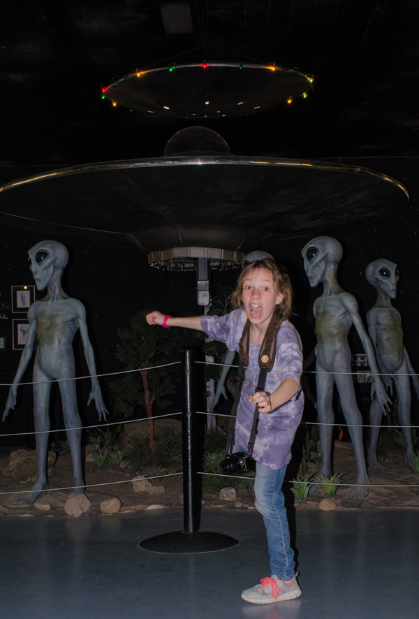 Sydney and the aliens